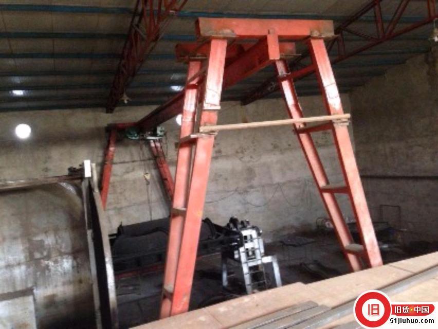 5吨龙门吊低价出售,勾下净高5米多,有线遥控,12