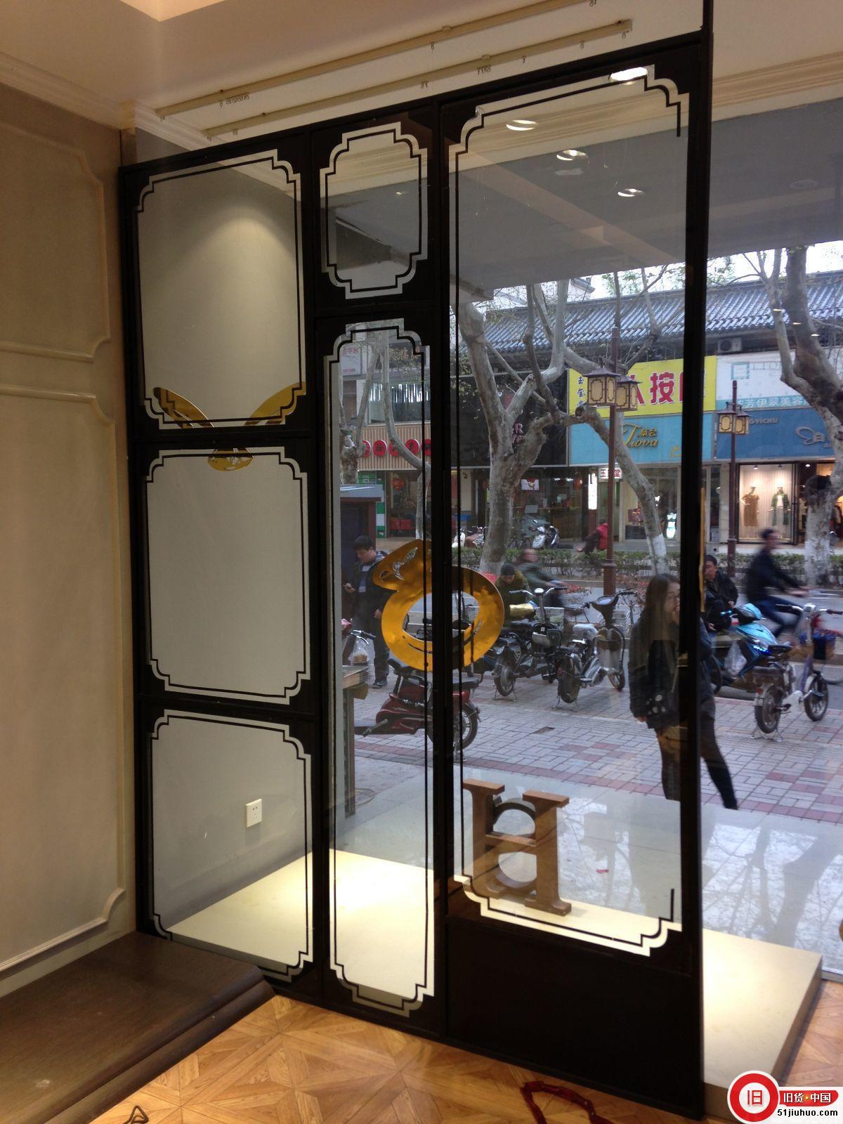 服装店出售模特衣架屏风玻璃橱窗试衣镜等价格面议