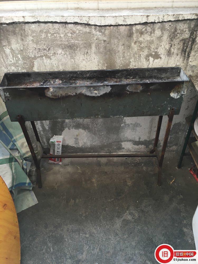 烧烤炉子处理,带架子