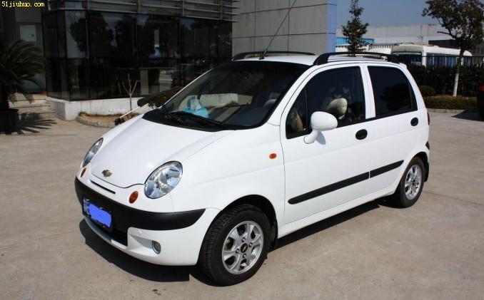 雪佛兰乐驰 ,车是2011年的,颜色白色图片