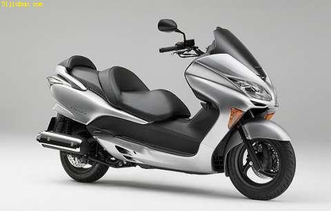 雅马哈400摩托车本田 honda forza z 250