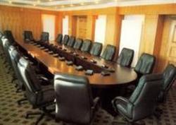 常年回收办公家具,会议桌,隔断桌,办公沙发