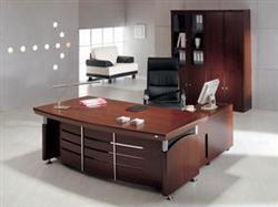 回收二手办公家具、电脑、办公沙发、桌子等