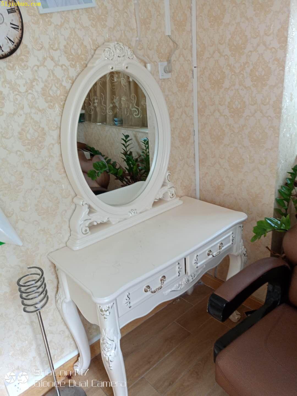 深圳美容美发设备回收,理发椅美容床回收,美容院整体设备回收
